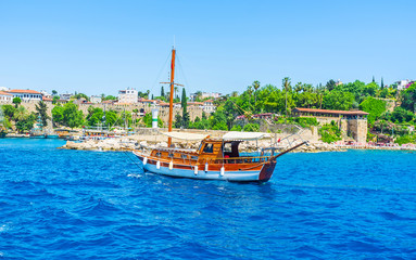 Romantic trips along Antalya coast