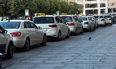 Autoreihe- Taxis