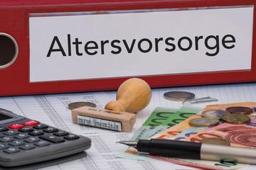 Aktenordner (rot) mit Beschriftung Altersvorsorge