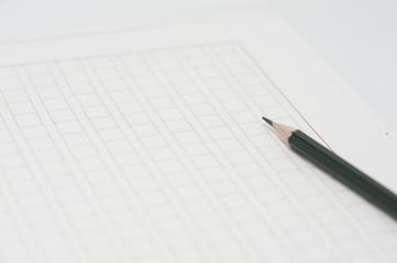 鉛筆と原稿用紙