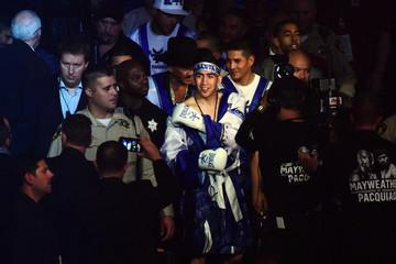 Boxing: Santa Cruz vs Cayetano