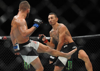 MMA: UFC 194-Holloway vs Stephens