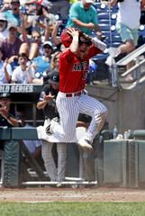 NCAA Baseball: College World Series-Arizona vs Coastal Carolina