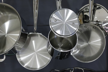 Hanging pots and pans steel