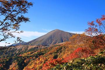 秋の磐梯吾妻スカイライン(福島市・猪苗代町)