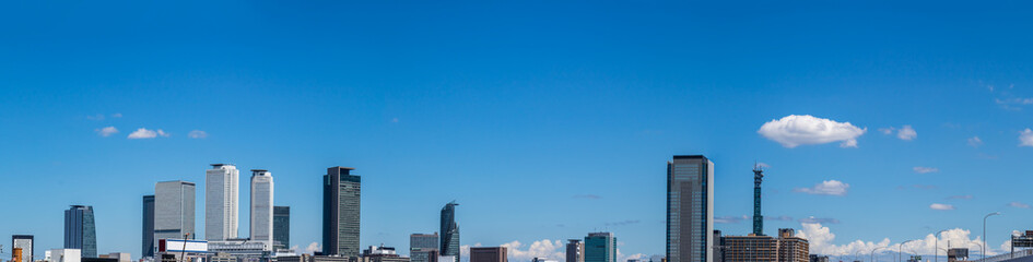 名古屋の高層ビルのパノラマ写真