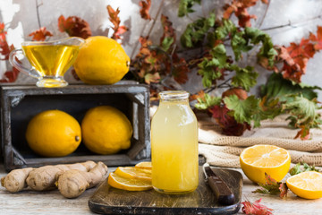Home remedy for colds from lemon, honey and ginger