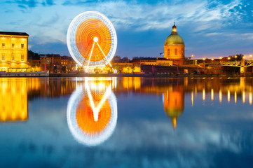 Fototapete - Toulouse landmarks by river. France