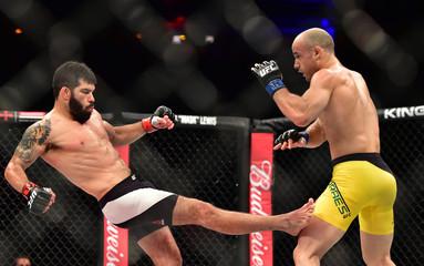 MMA: UFC 212-Assuncao vs Moraes