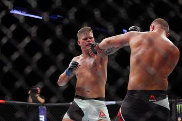 MMA: UFC Fight Night-Grabowski vs Sherman
