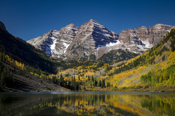 Door stickers Gray traffic Maroon Bells in Fall