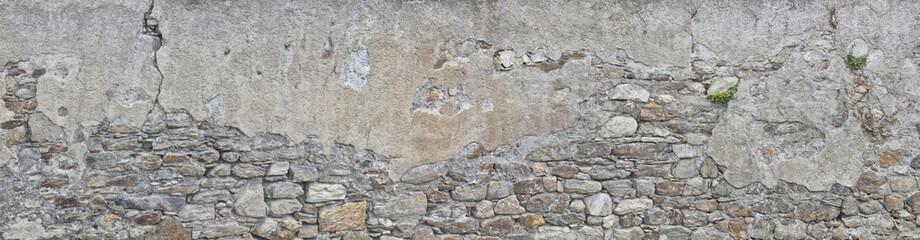 bröckelnde Hausmauer in Südtirol