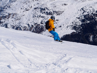 Snowboarder in Alps