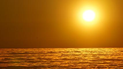 Ocaso sobre las nubes - Chile