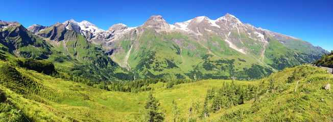 Panoramic view from Grossglockner hochalpenstrasse.