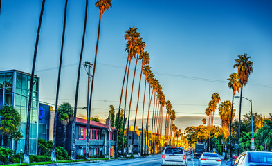 Photo sur Aluminium Los Angeles Colorful dusk on Sunset boulevard