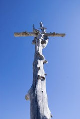 Wayside cross at the col Crespeina in the Puez Geisler National Park, Selva, Selva, Val Gardena, Gardena Valley, Groednertal, South Tyrol, Italy, Europe