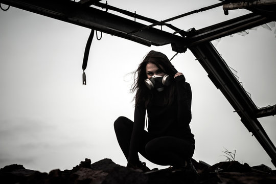 Woman inside the rusty structure