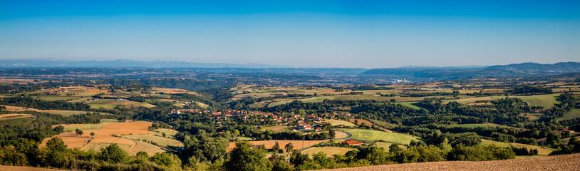 Panorama sur la vallée du Rhône et le Pilat de la Croix Régie