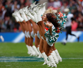 Miami Dolphins vs New Orleans Saints - NFL International Series