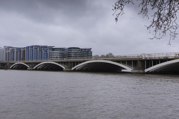 a view of Grosvenor Bridge, a railway crossing the River Thames between Battersea and Pimlico Also known as the Victoria Railway Bridge