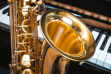 saxophone and piano. jazz music.