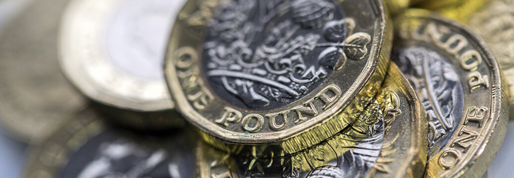 Selective Focus of the New UK One Pound Coin in panoramic format