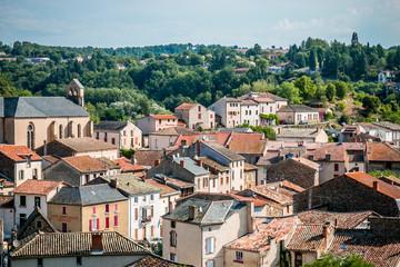 Vue sur le village de Laguépie et le Viaur du haut du Château à Saint-Martin-Laguépie