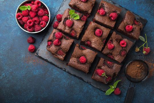 raspberry brownies  with fresh berries