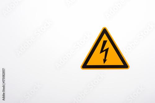Warnschild gefährliche elektrische Spannung\
