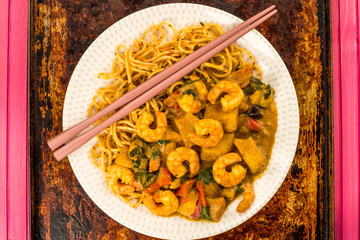 Sri Lanka Style King Prawn Curry With Noodles