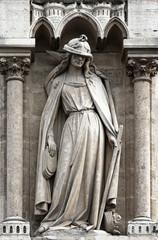 Notre Dame de Paris - Statue allégorie de la Synagogue