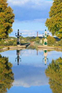 Pont-canal de Briare au-dessus de la Loire.