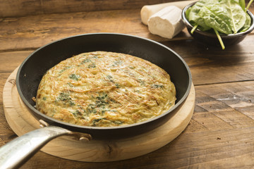 Omelette  of spinach and cheese anf leek