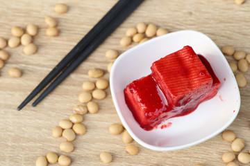 Tofu red