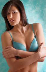 Girl in Blue Bra Revealin some Cleavage