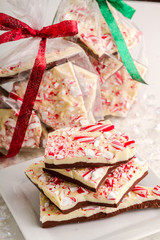 Traditional Holiday Chocolate Peppermint Bark