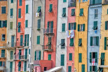 Fototapeta Portovenere painted houses of pictoresque italian village