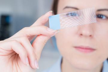 Nanotechnology coating for glass