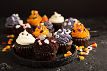 Festive Halloween cupcakes and treats