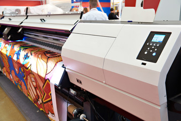 Rolling UV LED plotter