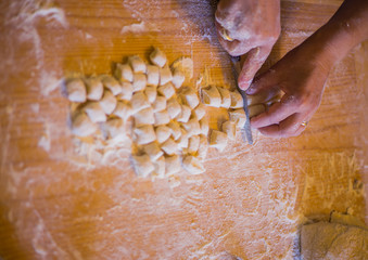 Handicraft processing for dumplings