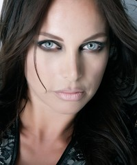 Beau visage féminin esthétique beauté modèle portrait Maquillage beaux yeux belle peau regard expression