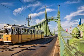 Budapest, Freiheitsbrücke mit Tram