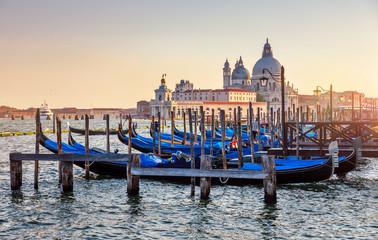 Poster Venetie Gondolas on Grand Canal in Venice Italy sunset view Cathedral