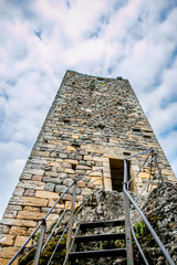 Le château de Peyrusse le Roc