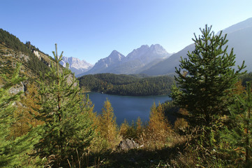 Blindsee with a view to Zugspitze, Sonnenspitze and Schartenkopf, Tyrol, Austria, Europe