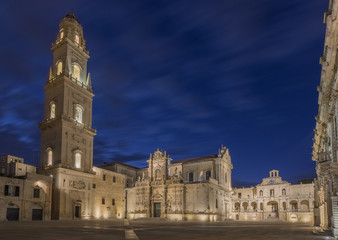 Keuken foto achterwand Monument Piazza Duomo by night - Lecce