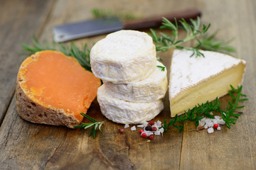 Camembert Brie Messer