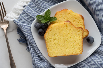 Lemon Loaf Cakes Slices